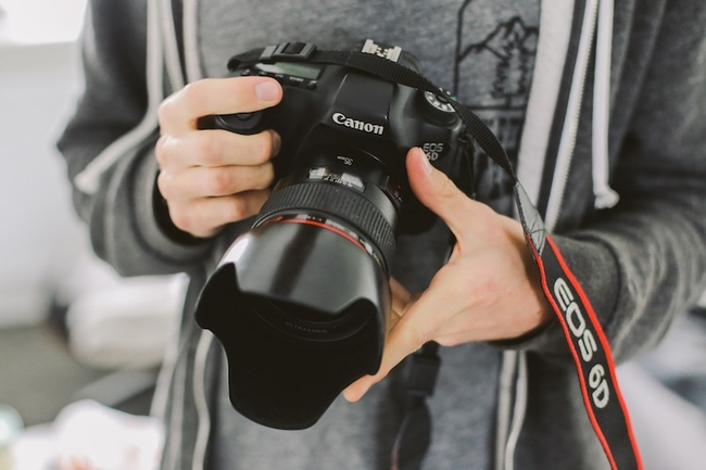 Limiting liability through photographer insurance