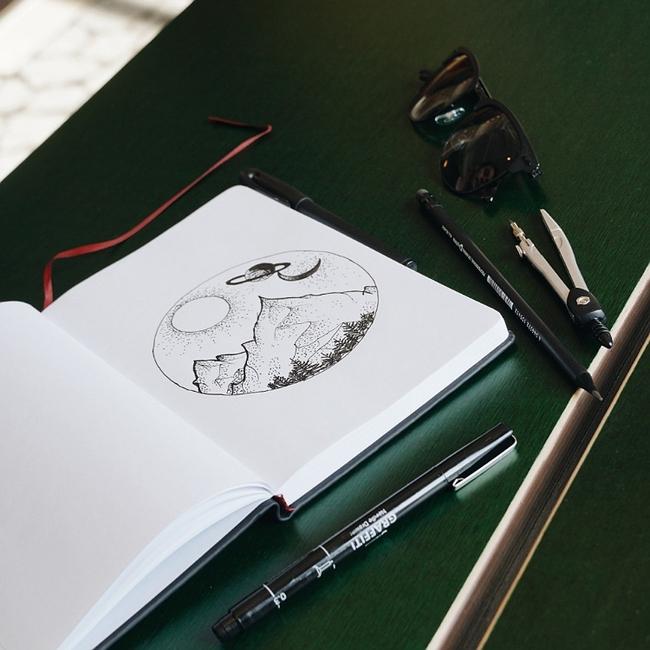 Illustrative and Artistic