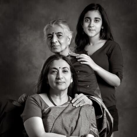 Dinesh Khanna Portfolio Website Examples